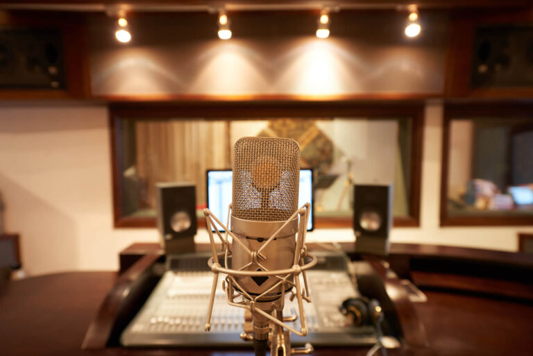 2.VOCAL ACADEMY